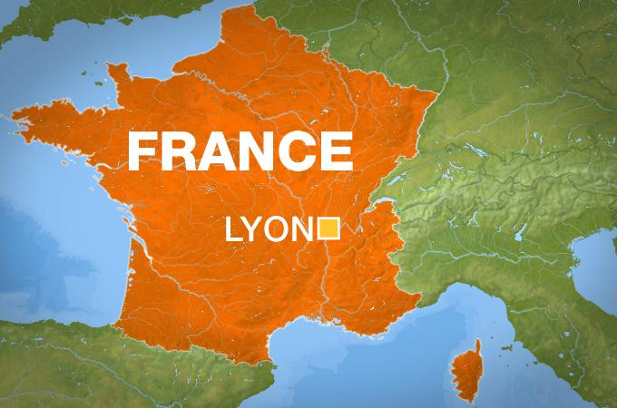 Греческий православный священник ранен в результате стрельбы во Франции, нападавший скрылся