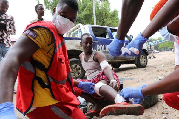 Пятеро погибших, многие ранены в результате взрыва террориста-смертника в Сомали