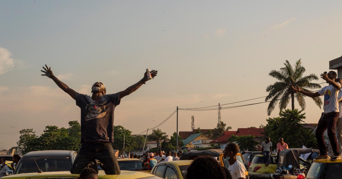 Законодатели ДРК разгромили парламент из-за углубления политического кризиса