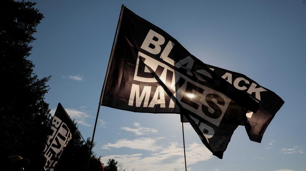 Федеральные власти расследуют убийство чернокожего мужчины полицией в Огайо