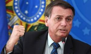 Президент Бразилии Жаир Болсонару назвал Ковид «маленьким гриппом».