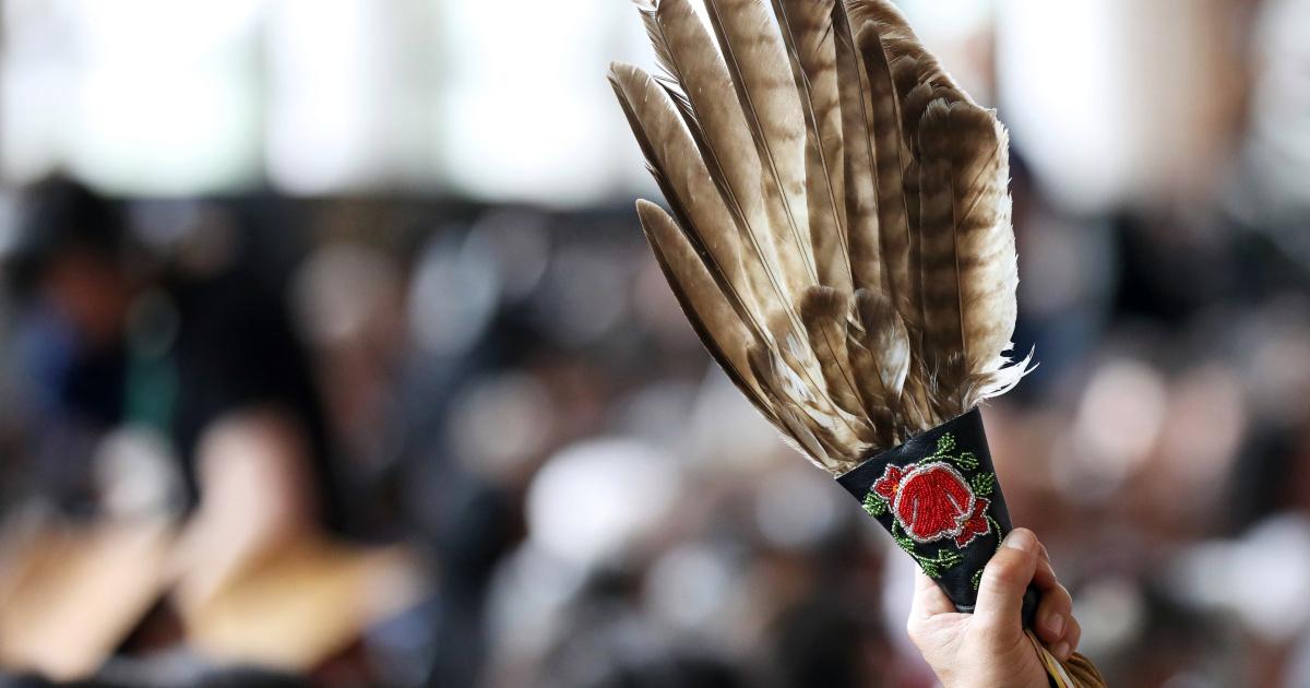 Ежегодный марш чествует пропавших без вести и убитых женщин из числа коренного населения в Канаде