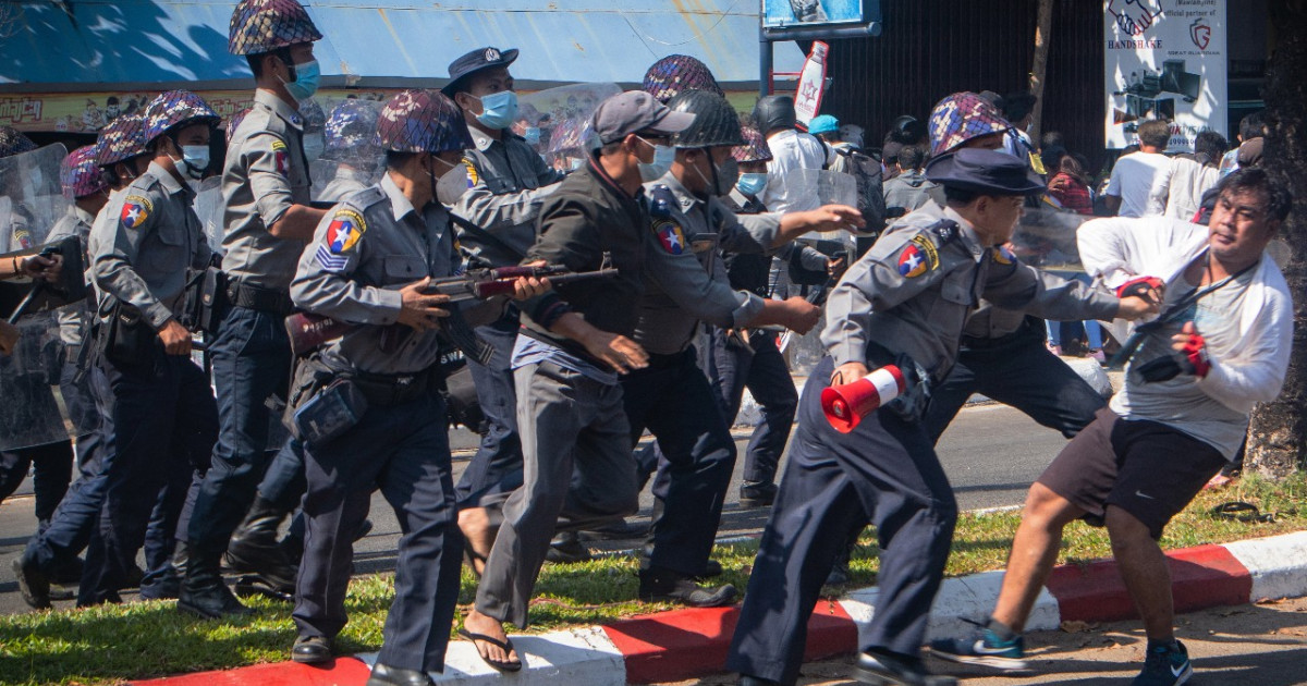 Мьянма находится под давлением в ООН из-за гнева протестов против государственного переворота