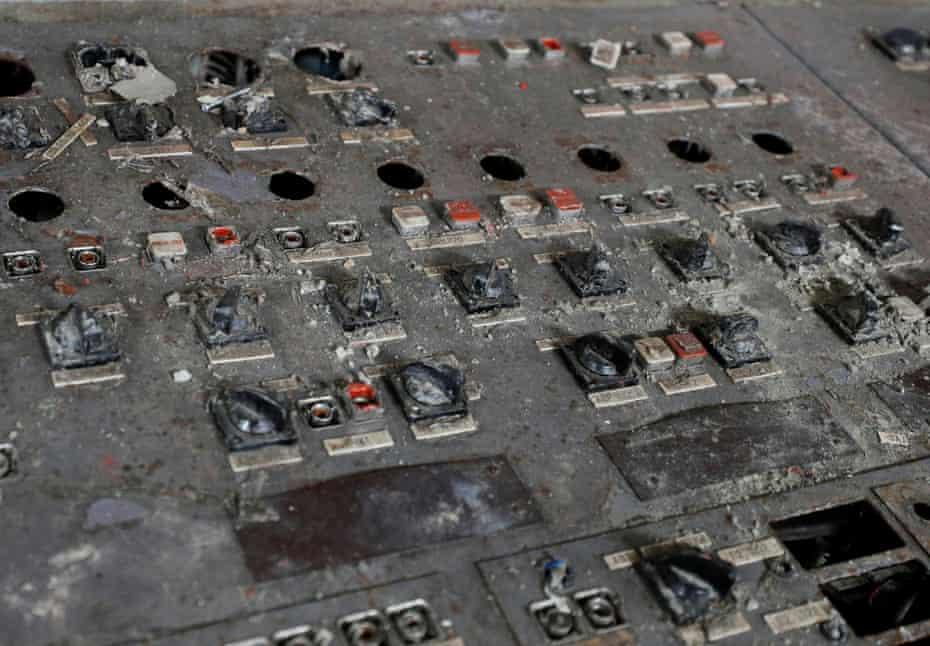 Внутри поврежденного четвертого реактора.