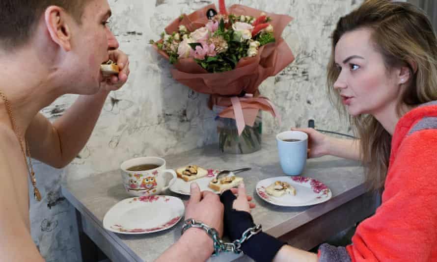 Кудлай и Пустовитова завтракают в своей квартире в Харькове