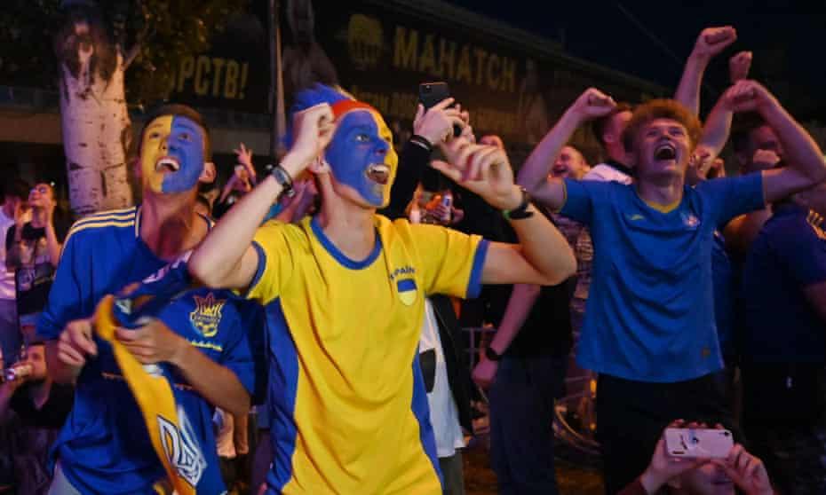 Приветствия в фан-зоне в Киеве