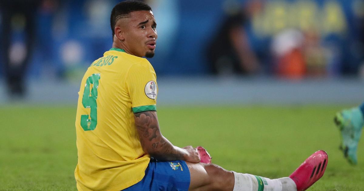 Копа Америка: бразильский Хесус удален с поля после того, как выиграл QF
