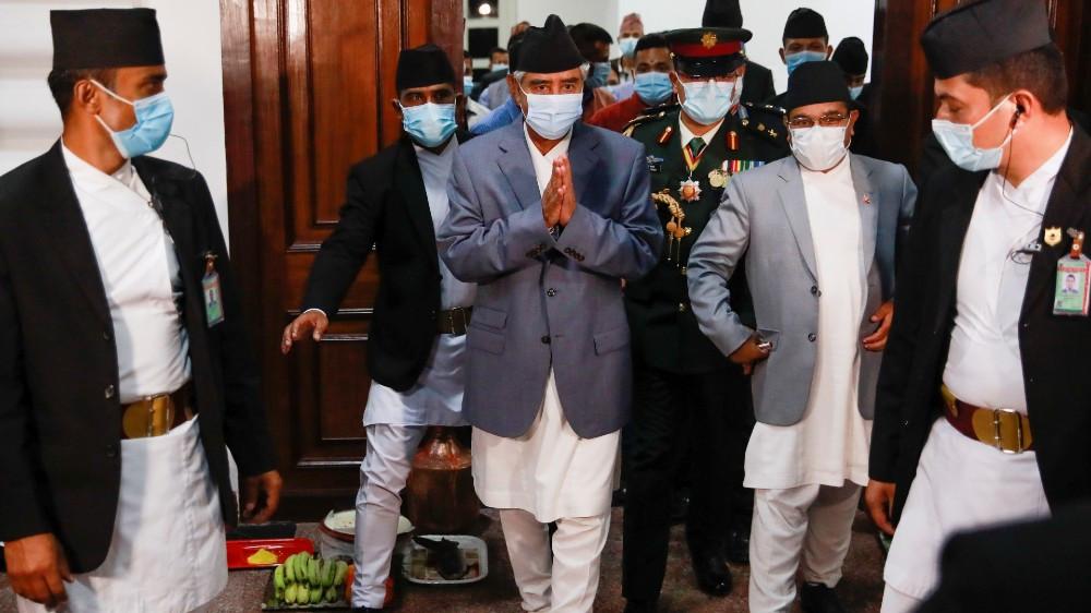 Новый премьер-министр Непала Шер Бахадур Деуба получил вотум доверия