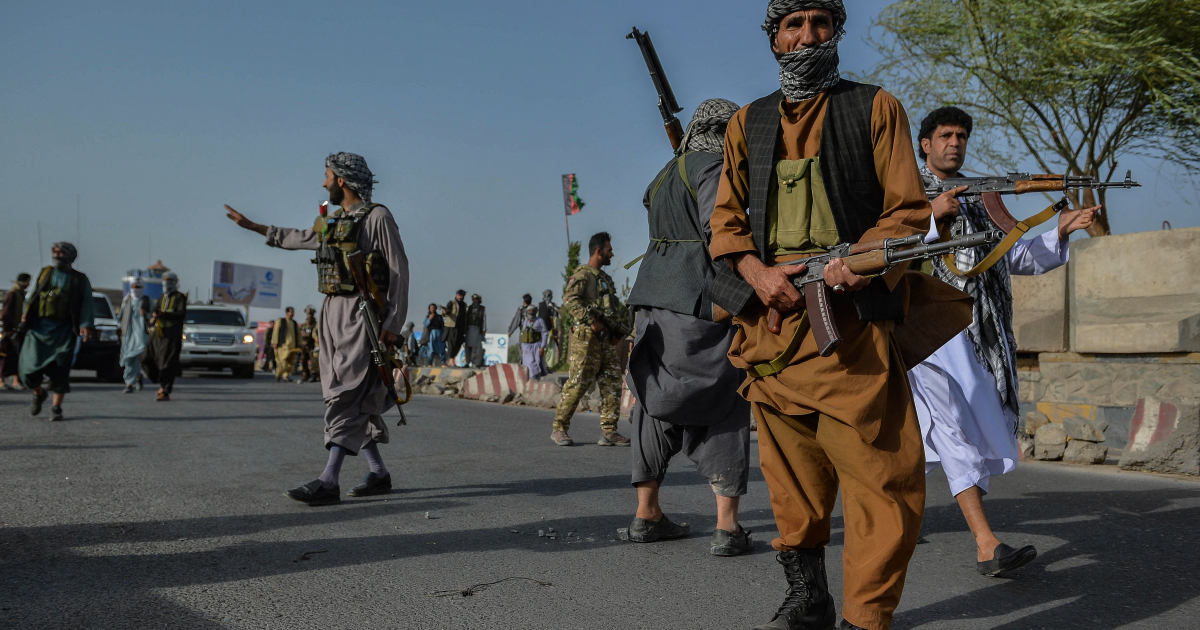 Как можно сравнить силы Афганистана и Талибан?