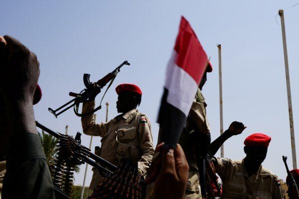 """Попытка государственного переворота в Судане: подозреваемые арестованы за """"неудавшийся заговор"""" — Live"""
