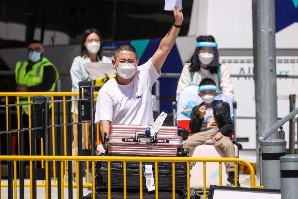 Полностью вакцинированные международные путешественники получают зеленый свет в Сиднее