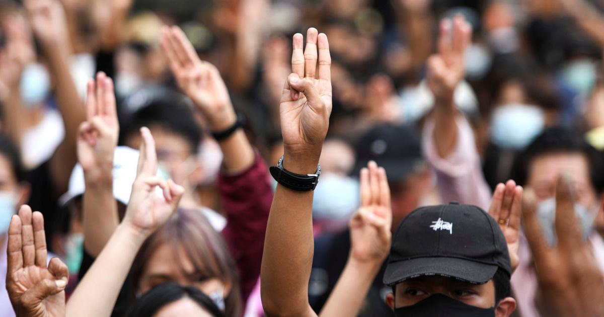 Таиланд объявляет чрезвычайное положение для пресечения протестов студентов